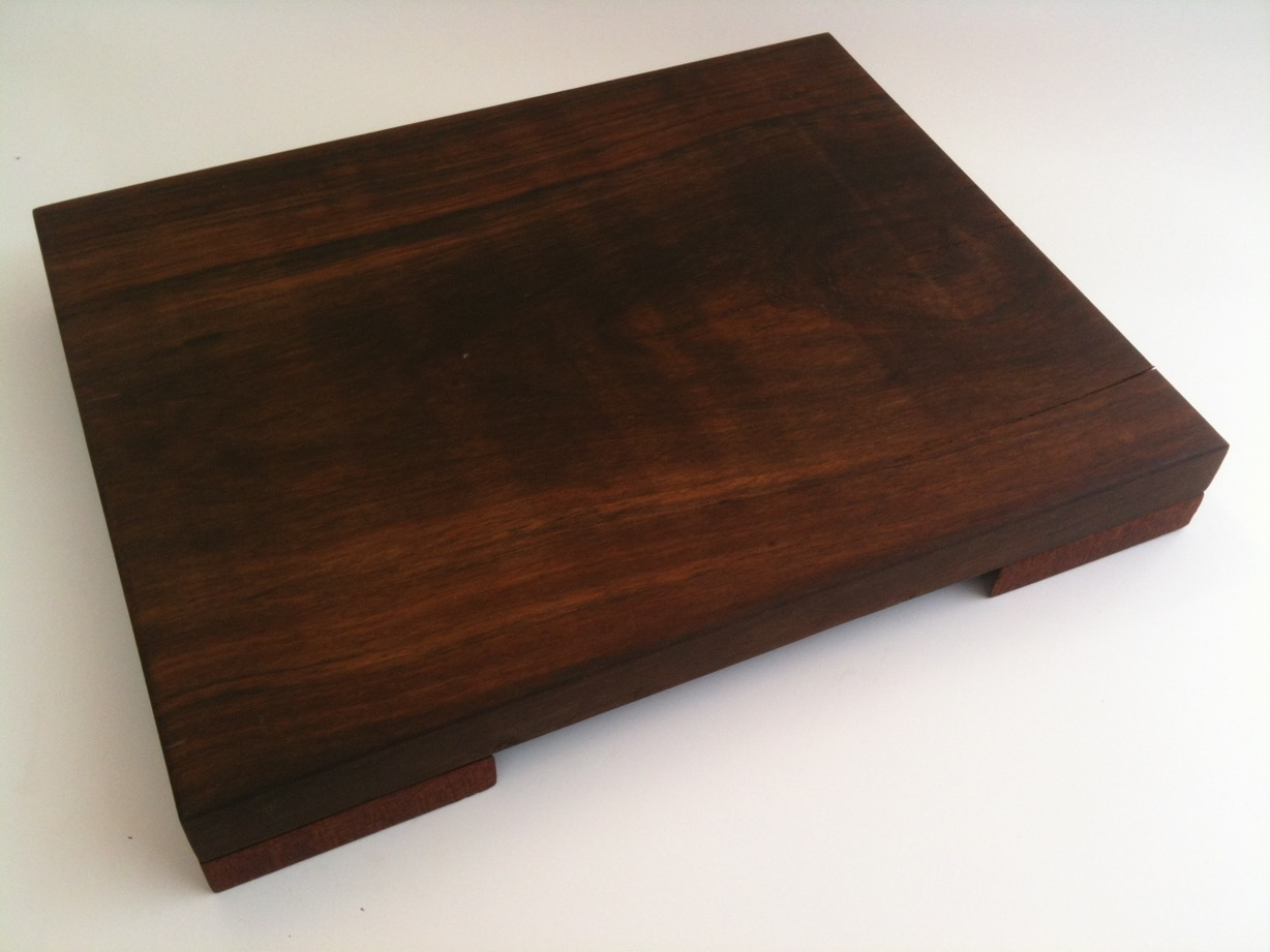 Walnut & Mahogany Cutting Board_1